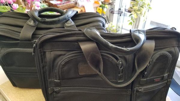 TUMIビジネスバッグの持ち手革交換サムネイル