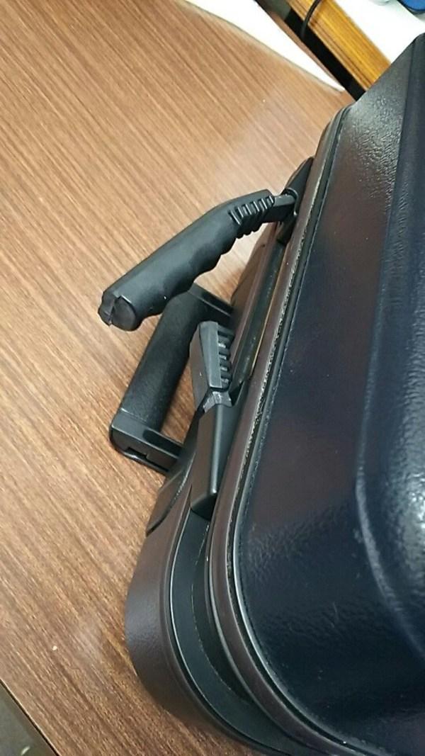 スーツケース キャリーケースの持ち手修理サムネイル