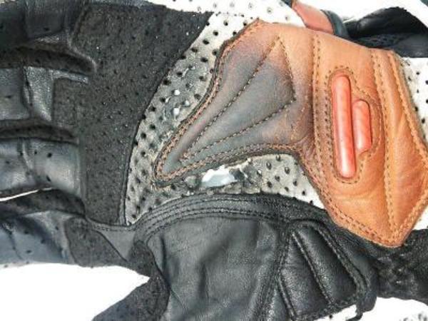 バイク用のグローブ修理・(バイク用手袋修理)サムネイル